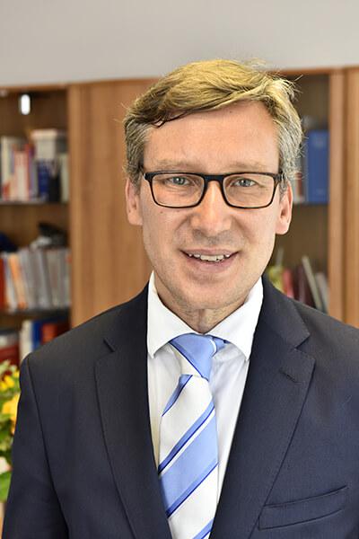 Rechsanwalt Dr. Michael Vollmar - Anwalt für Arbeitsrecht